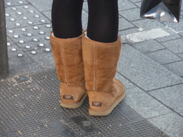 7 reasons to burn your leggings and Ugg boots